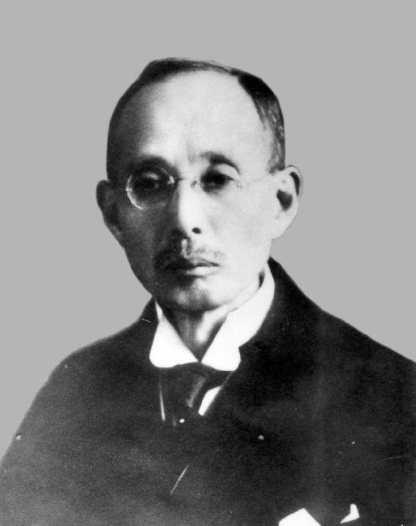 滝乃川学園を創設し、現代の知的障害児施設を作った人物